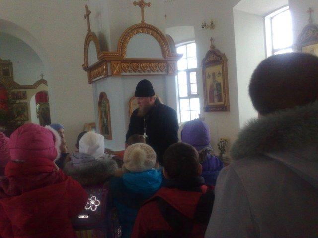 Ученики воскресной школы при храме Рождества Пресвятой Богородицы с. Кемля посетили храм Рождества Пресвятой Богородицы
