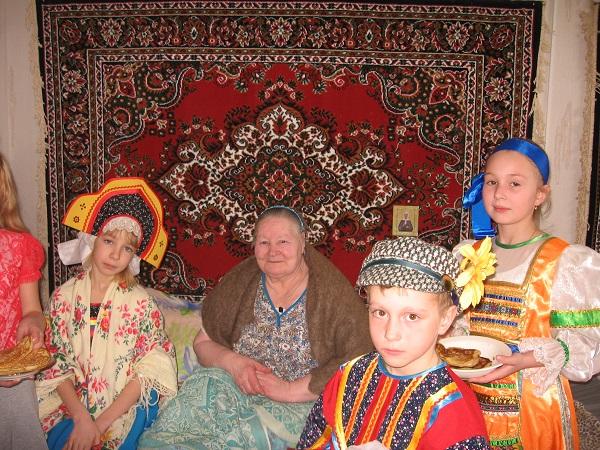 В гости с блинами в дом престарелых с. Лада